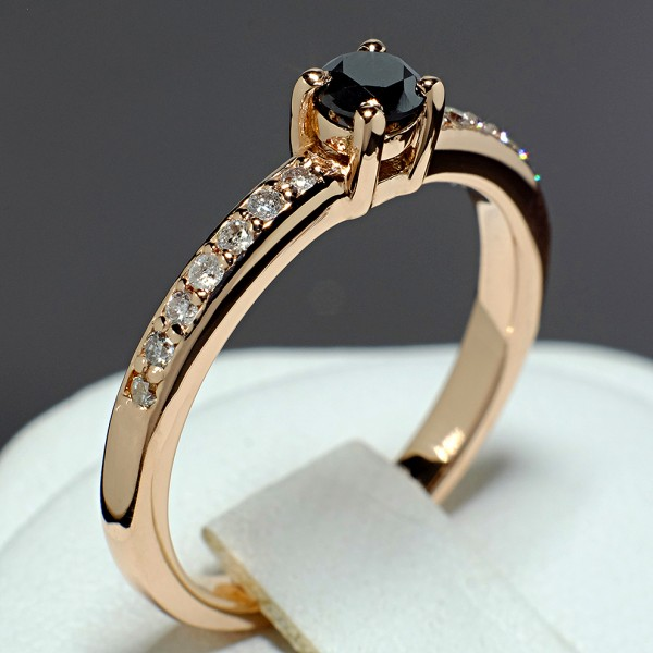 Gold or Platinum engagement ring with Black Diamond and Colorless Diamonds 1221907DnDi