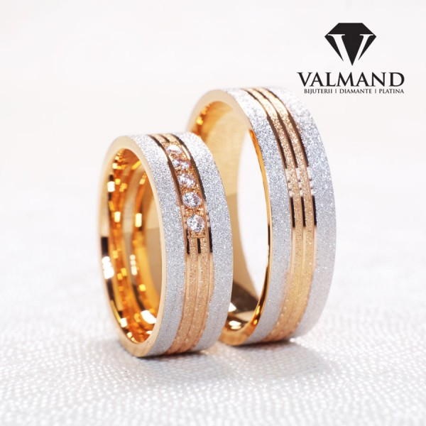 Two-Tone Gold wedding bands with Diamonds v0761